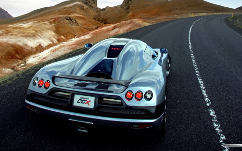 Koenigsegg-Widescreen-932[1].jpg